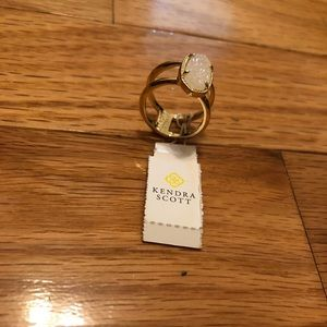 KENDRA SCOTT size6 gold ring with iridescent drusy